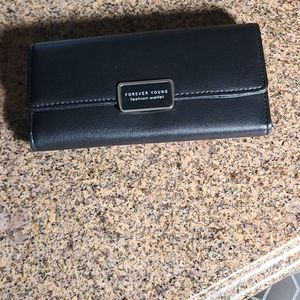 Forever Young black wallet